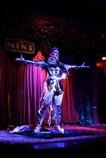 landon_mirror_man_markus_alias_the_mint